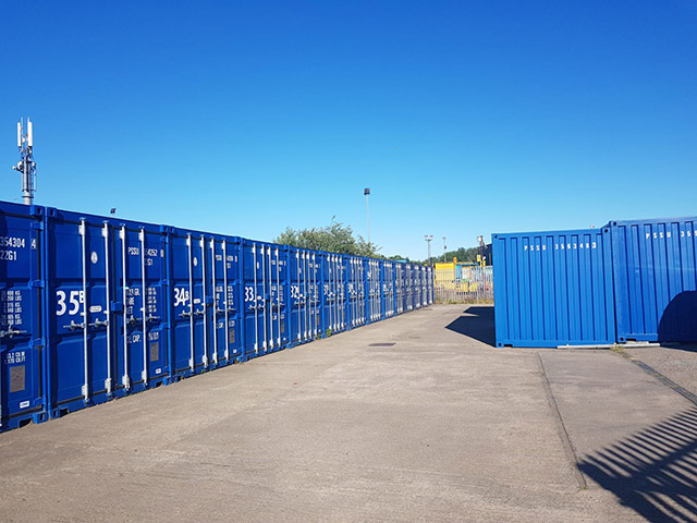 Scott-Storage-Containers-in-Fife